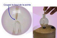 nettoyage d'une verrerie à l'aide d'un bâtonnet
