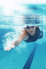 Coupe menstruelle et piscine